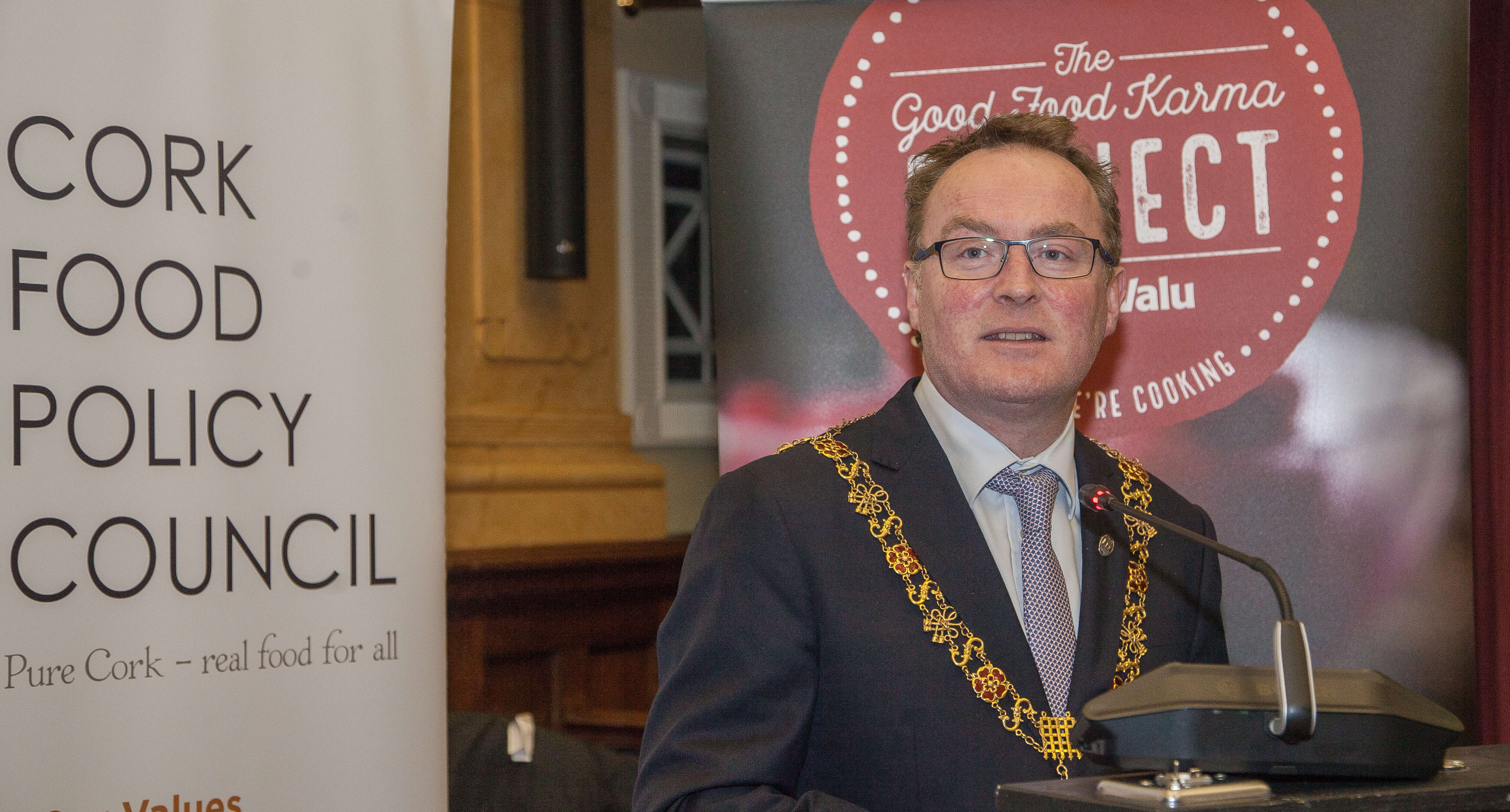 Lord Mayor of Cork Cllr. Des Cahill